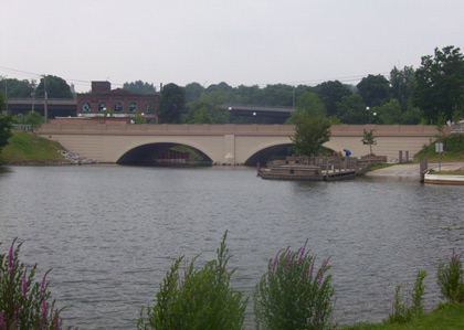 Fairmount Avenue Bridge
